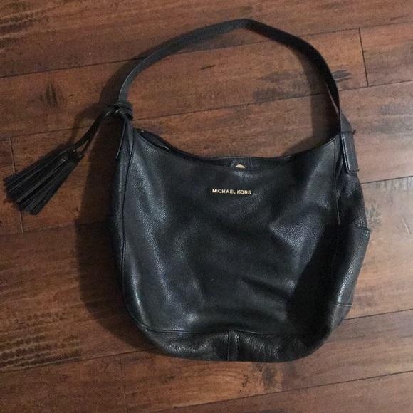 Michael Kors Handbags - Black leather Michael Kors purse